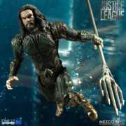 One:12 Collective Aquaman Figure