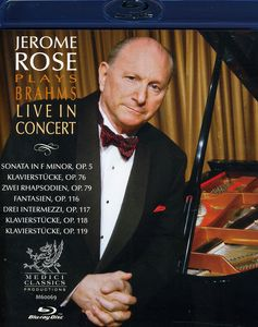 Plays Brahms Live in Concert