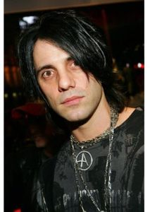 Biography - Criss Angel